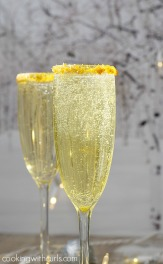 Make-your-next-celebration-extra-special-with-these-Gold-Royale-cocktails-cookingwithcurls.com_.jpg